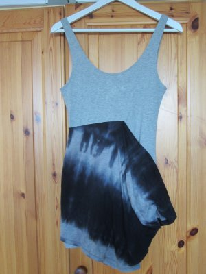 Cheap Monday Kleid grau Batik Gr. M NEU