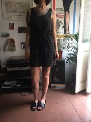 Cheap monday Kleid streifen