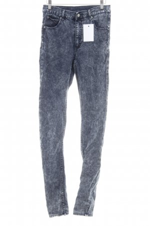 Cheap Monday Stretchhose dunkelblau Street-Fashion-Look