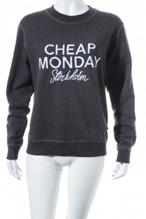 Cheap Monday Sweatshirt dunkelgrau Street-Fashion-Look