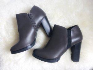 Chelsea Ankle Boots Heels High grau dunkelgrau Kunstleder Lederimitat 39