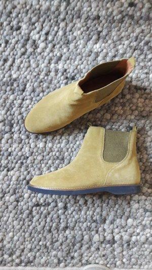 Chelsea Boots aus Velourleder