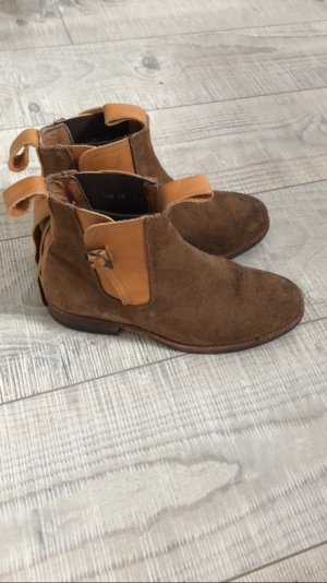 Chelsea Boots aus weichem Leder