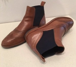 AGL Chelsea Boots cognac-coloured