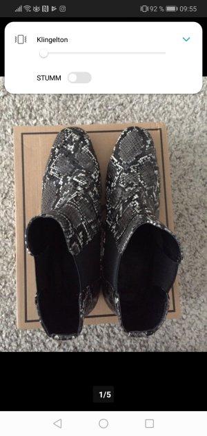 Asos Chelsea laarzen wit-zwart