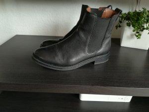 H&M Premium Botines Chelsea negro Cuero