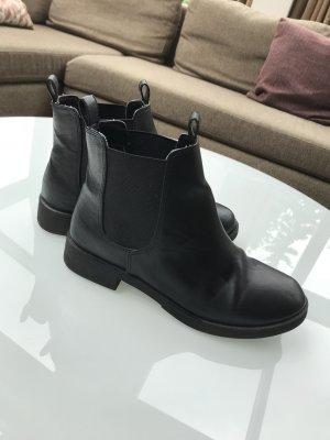 H&M Divided Korte laarzen zwart
