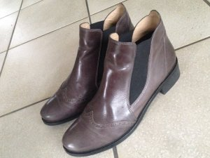 Chelsea-Boots im Budapester-Muster