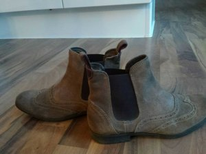 Chelsea boots in hellbraun