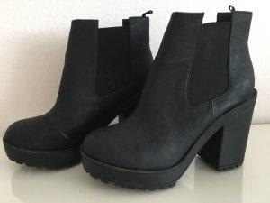H&M Chelsea Boots black imitation leather