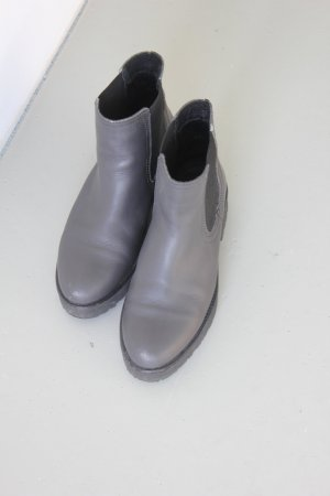 Another A Chelsea Boots grey-black leather