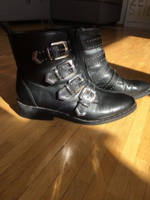 Catwalk Booties black