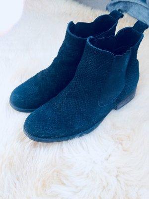Chelsea Boots mit Strukturmuster