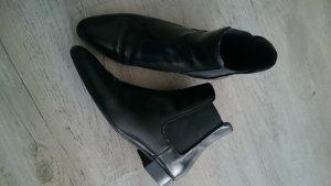 Steffen Schraut Chelsea Boots black