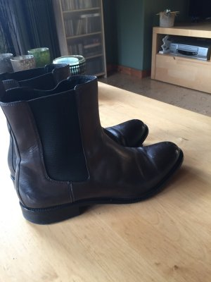 Chelsea Boots von Hugo Boss in anthrazid Gr 37