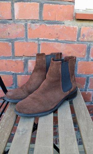 Chelsea Boots / Wildleder / Basic