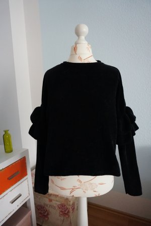 Chenille Pullover mit Volantärmeln von Zara