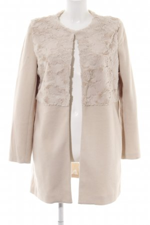 Cherry Fake Fur Coat cream casual look