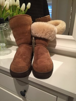 Chestnut Ugg Boots wie neu