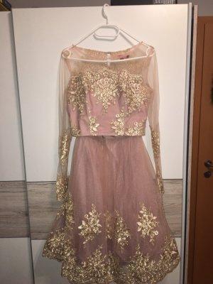 Chi Chi London 2-Teiler Kleid Rose mit Goldmetallic Spitze, Größe 36 + Gebraucht