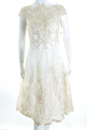 Chi Chi London Abendkleid creme-goldfarben Eleganz-Look