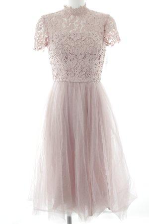 Chi Chi London Kurzarmkleid rosa florales Muster Elegant