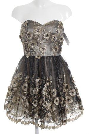 Chi Chi London schulterfreies Kleid Blumenmuster Empire-Look