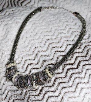 Chic - Halskette / Kette von Primark