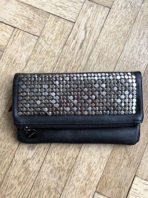 Chice Clutch mit Nieten