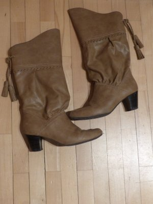 Chicke braune Stiefel mit Quasten Western-Stil von Young Spirit