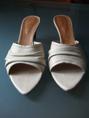 CHIE MIHARA Pantolette beige Gr. 41