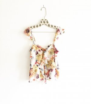 chiffong top / volants / vintange / flowers / boho / hippielook / romantic