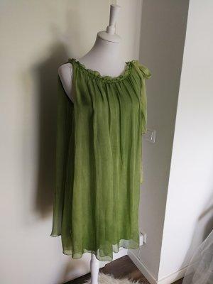 Robe chiffon vert gazon