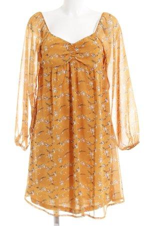 Vestido de chifón naranja claro estampado floral look casual
