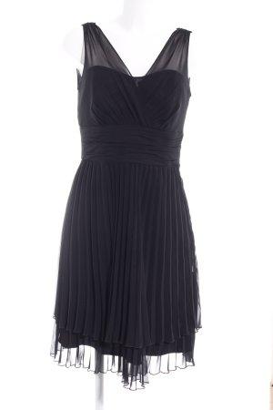 Vestido de chifón negro elegante