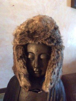 ChillOuts Fake Fure Wintermütze