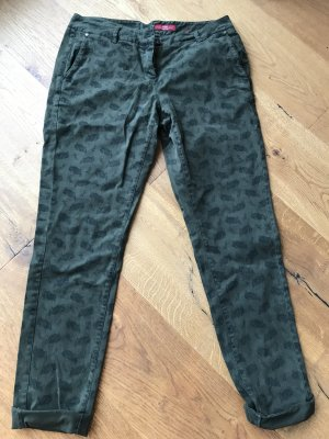 s.Oliver Chinos forest green-dark green