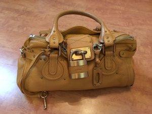 Chloè Tasche mit goldener Hardware