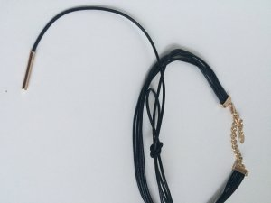 Zara Collier Necklace black-gold-colored