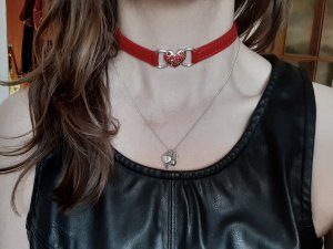 Cadena de cuentas color plata-rojo ladrillo