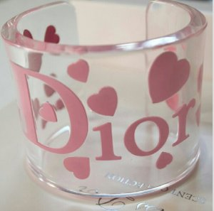 Christian Dior Armreif Armband by John Galliano Logo transparent acryl Herzen Herz rosa