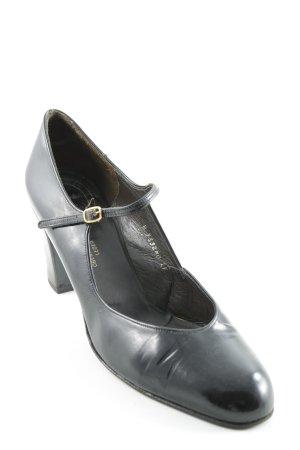 Christian Dior Strapped pumps black elegant