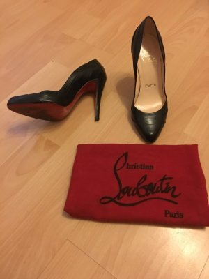 Christian Louboutin Pumps mit roter Sohle