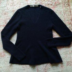 Christophe Lemaire for Uniqlo V Neck Trapez Pullover XS    Dunkelblaue Weiche Wolle    Ausverkaufte Limited Edition