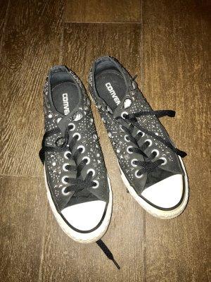 Chucks All Star Converse mit Nieten schwarz Punk wie neu Original
