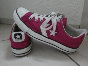 Chucks All Stars von Converse Violett Gr39,5 mit Sternapplikation