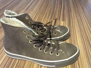 Chucks Converse All Stars braun Wildleder gefüttert Gr. 6,5