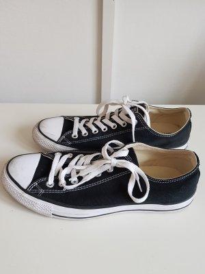 Chucks Converse schwarz