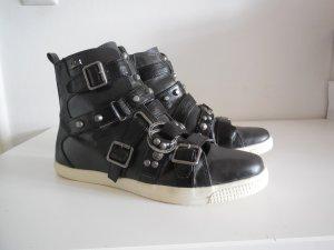 Chucks / Sneaker high von KILLAH mit Schnallen - Biker Style