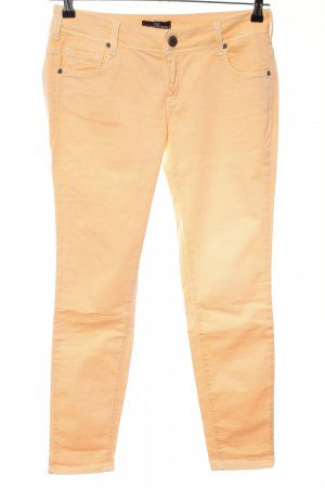 Cimarron Low-Rise Trousers light orange casual look